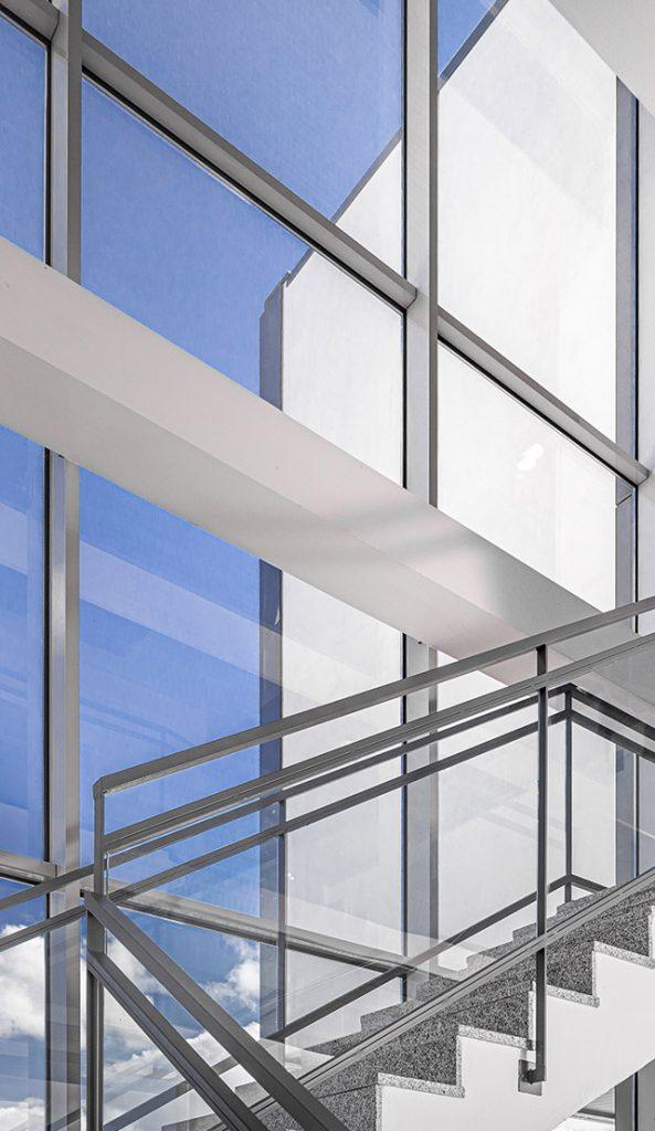Interior edificio Cinfa Innova Tecnicia Facility Solutions